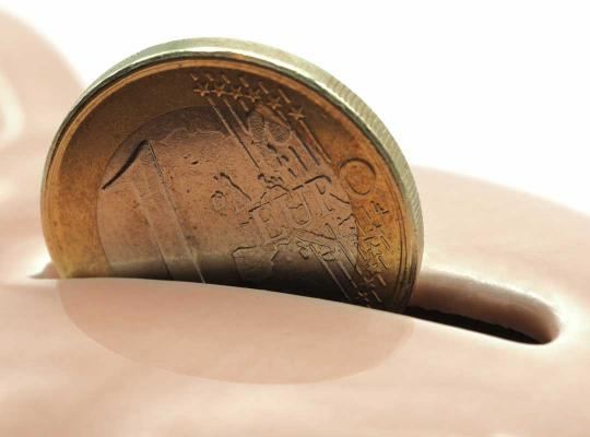 Euromunt in spaarvarken